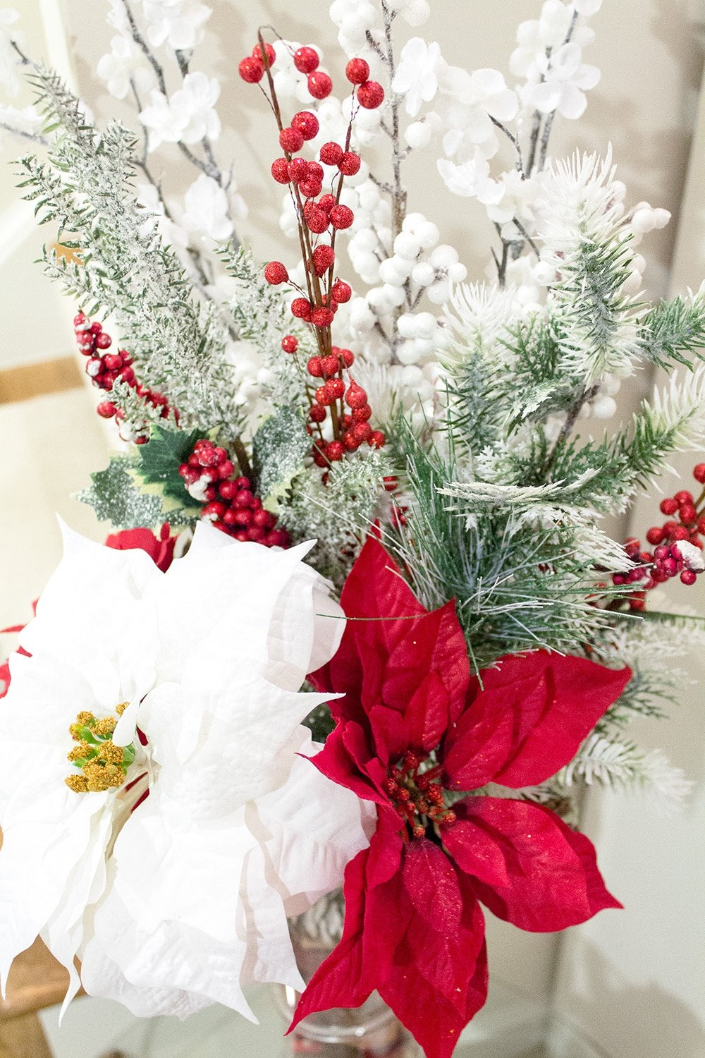 Easy holiday floral arrangement // Geeky Posh