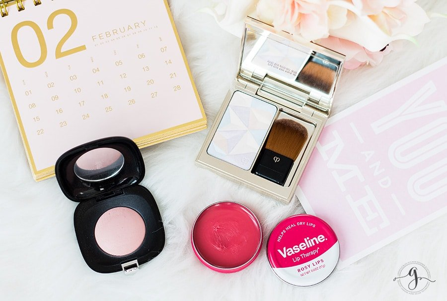 Soft + romantic Valentine's Day look feat. Vaseline Lip Therapy // Geeky Posh