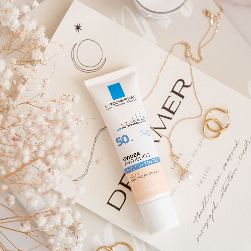 La Roche Posay UVIdea XL Melt In Tinted Cream review